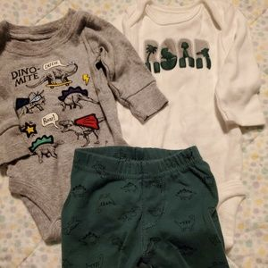 Other - Newborn Dino outfits!